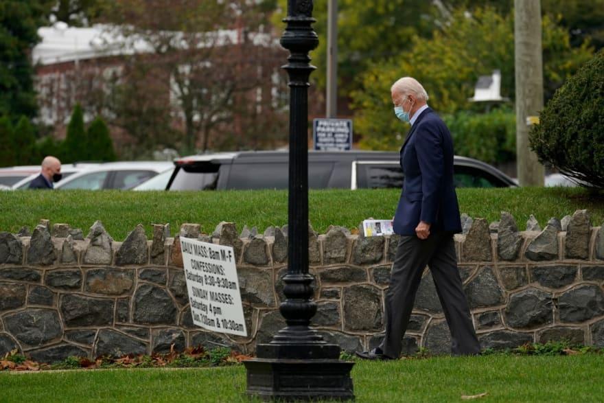 Joe Biden visita la tumba de hijo en plenas elecciones presidenciales (FOTO)