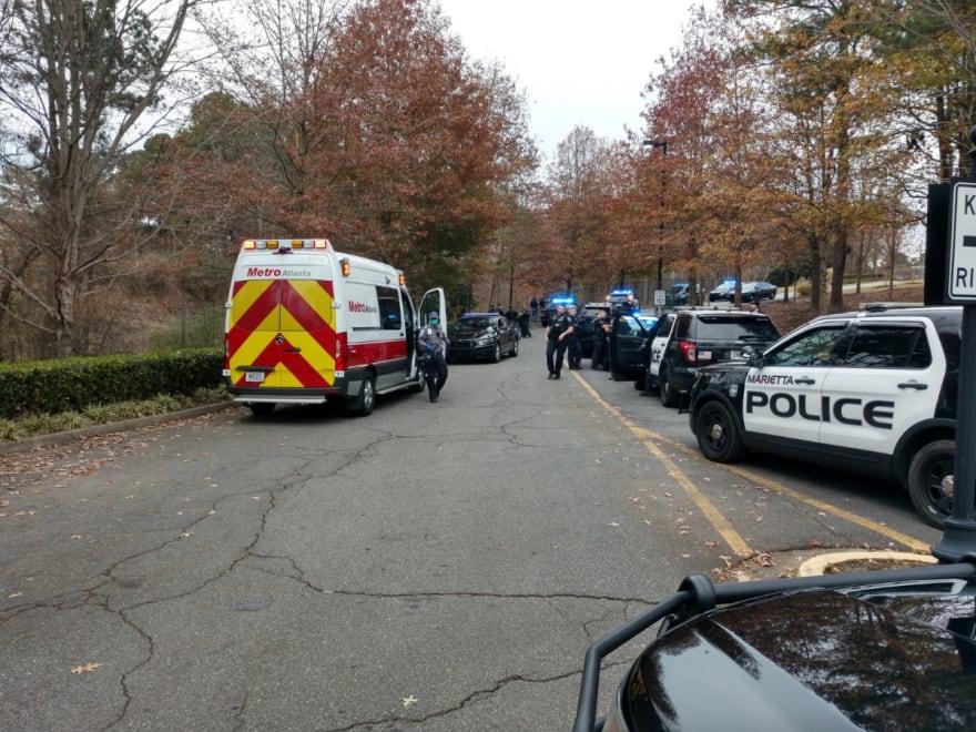 Capturan a latino sospechoso de asesinar a su pareja tras ser hallado por un perro policía