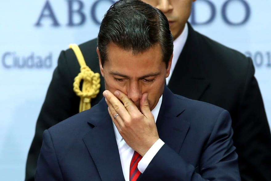 Se filtra foto de Enrique Peña Nieto utilizando tacones en Madrid