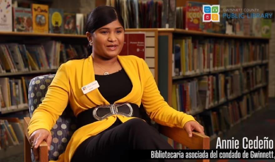 Conozca cómo la hispana Annie Cedeño convirtió la Biblioteca de Gwinnett en su segunda casa