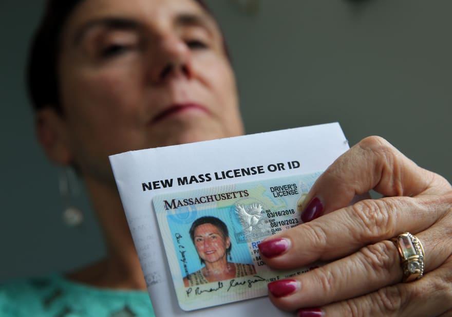 Asamblea General Virginia aprueba licencias de conducir para indocumentados