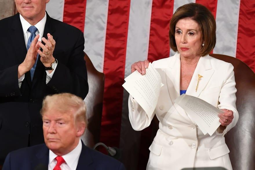 """Pelosi, tras romper State of the Union de Trump: """"Fue un discurso muy sucio"""""""
