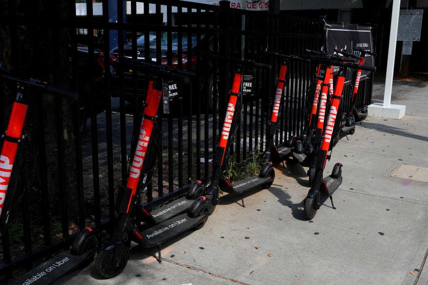 El Senado de Georgia aprueba no intervenir las reglas de scooters