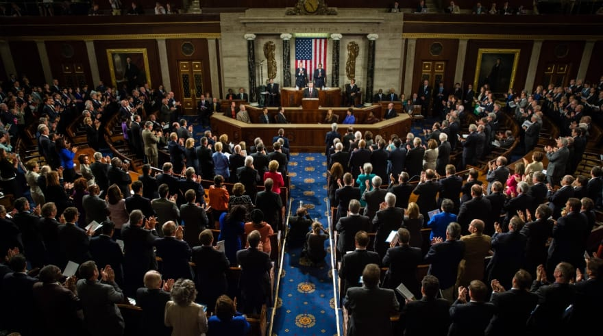 Se retrasa la votación del plan de ayuda en el Senado por problema técnico