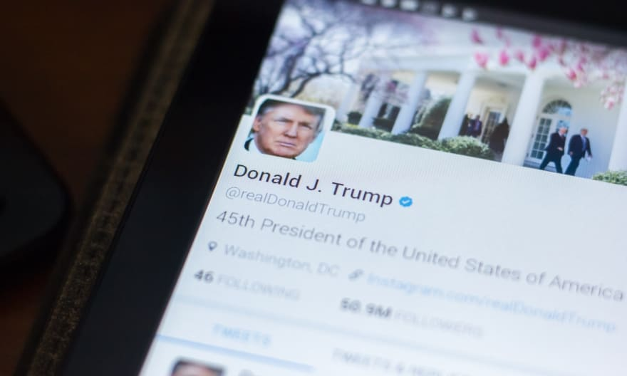 """Twitter bloquea la cuenta del presidente Trump, luego de """"violaciones graves"""""""