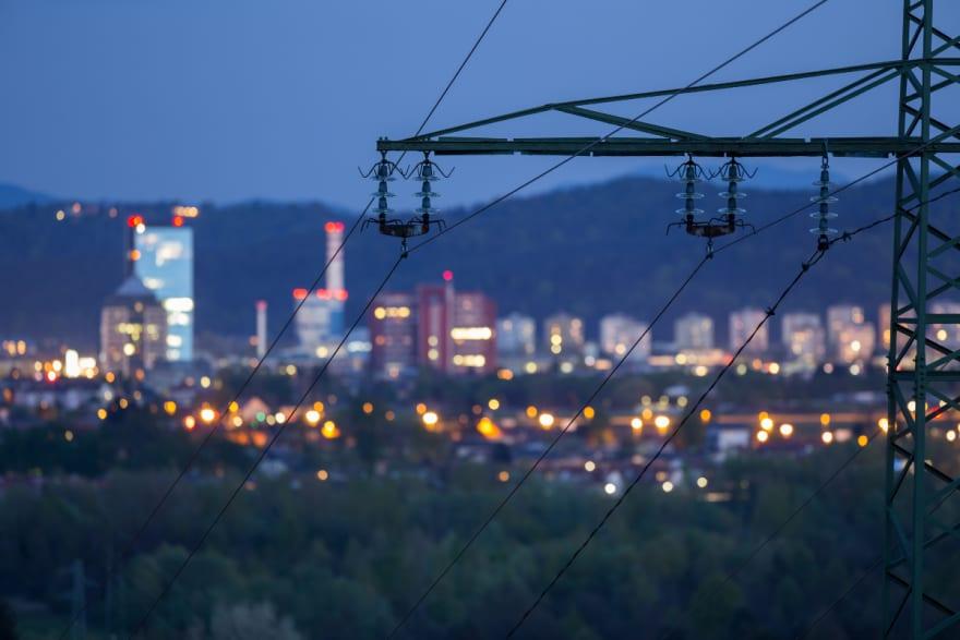 Tormenta de viento deja 500,000 personas sin electricidad en EEUU