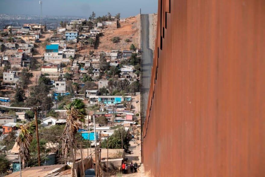DHS suspende deportaciones por 100 días a partir del 22 de enero