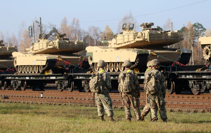 11 soldados de EE.UU. sufren lesiones tras ingerir sustancia desconocida