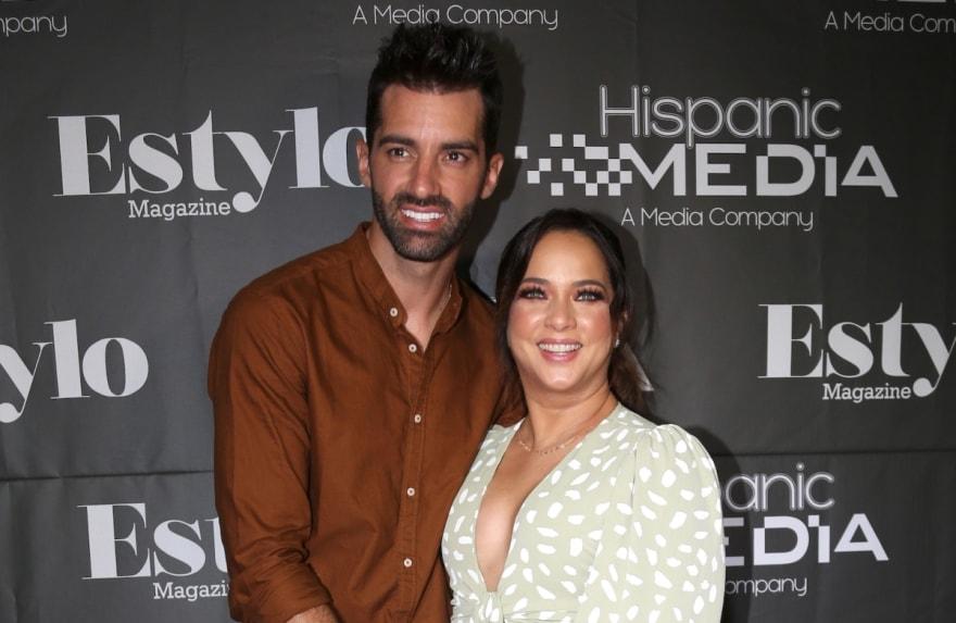 ¿Engañaron a todos y se casaron? Se filtra una imagen de la supuesta boda de Adamari López y Toni Costa (FOTO)