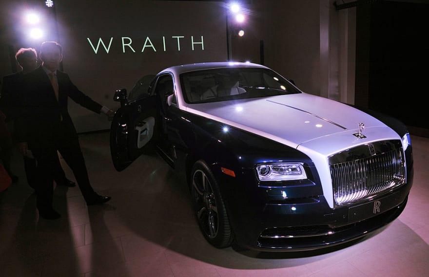 El Rolls Royce Wraith que Justin Bieber compró y modificó con estilo futurista