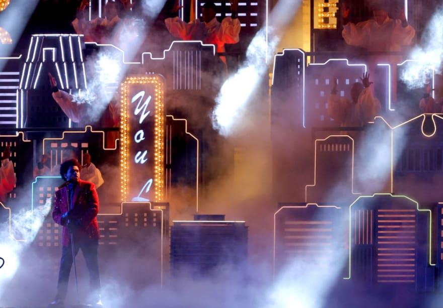 The Weeknd presenta espectacular medio tiempo en el Super Bowl LV