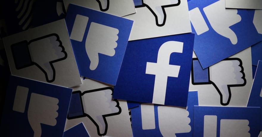 Facebook se disculpa por marcar el sitio 'Hoe' en UK como ofensivo