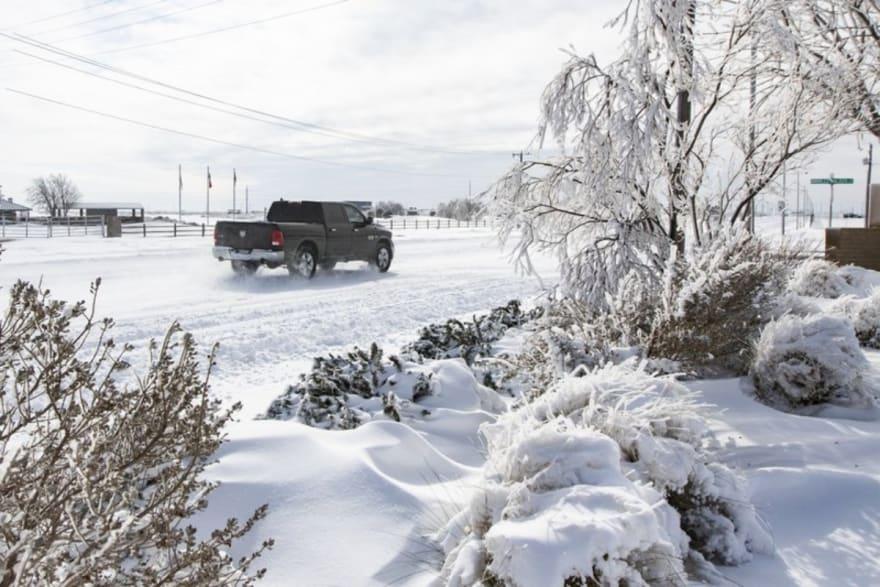 Asciende a 11 la cifra de muertos por tormenta invernal que azota EE.UU.