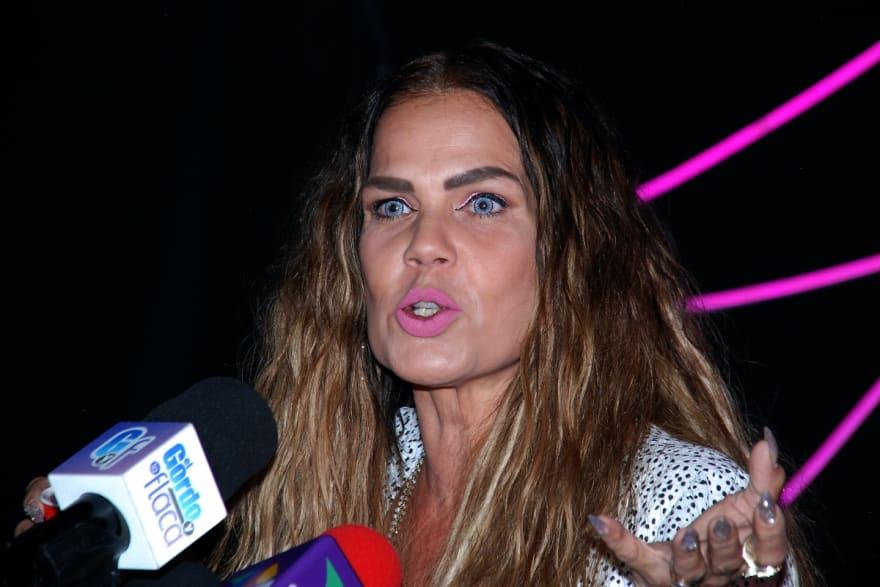 ¡Las insulta! Niurka Marcos estalla contra Thalía y Laura Zapata por la situación de su abuela (VIDEO)