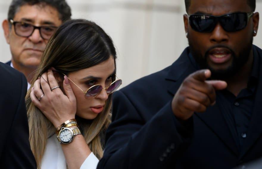 ¡Parecen globos! Emma Coronel, esposa del Chapo, aparece enseñando voluptuoso trasero en entallado pantalón (FOTO)