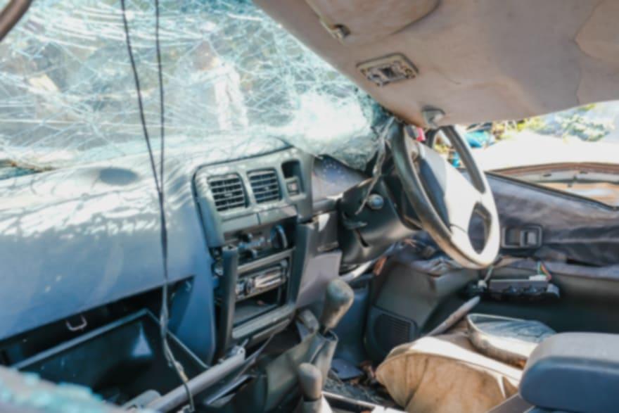 Así quedó el auto en que murió el cantante Ariel Camacho