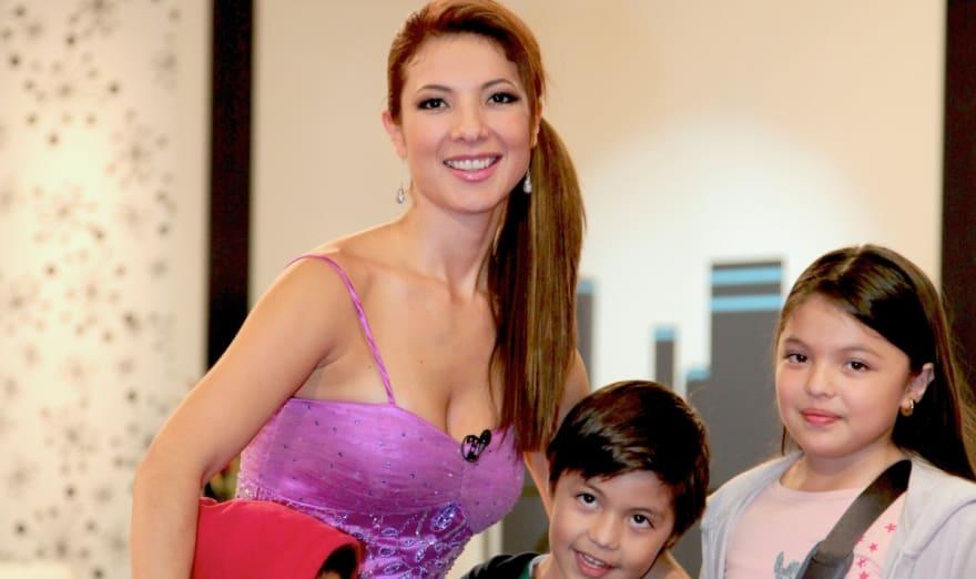 ¡Ya no es una niña!, la hija de Priscila y el Temerario aparece en bikini negro (FOTOS)