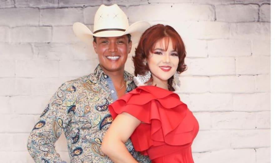 Cantante mexicano que 'denigró' a hispanos 'pierde' a su esposa por otro hombre (VIDEO)