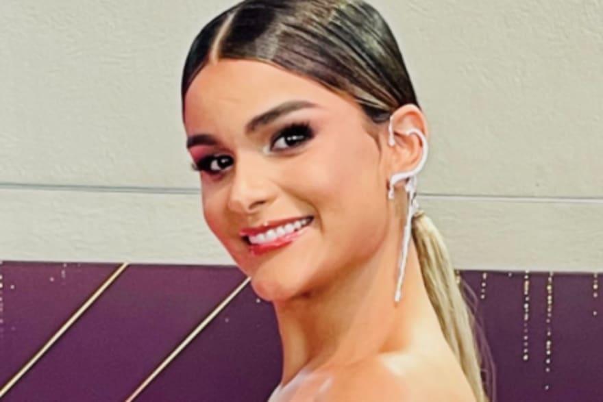 ¿Se deformó la cara? Clarissa Molina asusta con los labios y pómulos muy hincados (VIDEO)