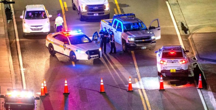 Pistolero se atrinchera en hotel y evacúan a cientos de empleados y huéspedes