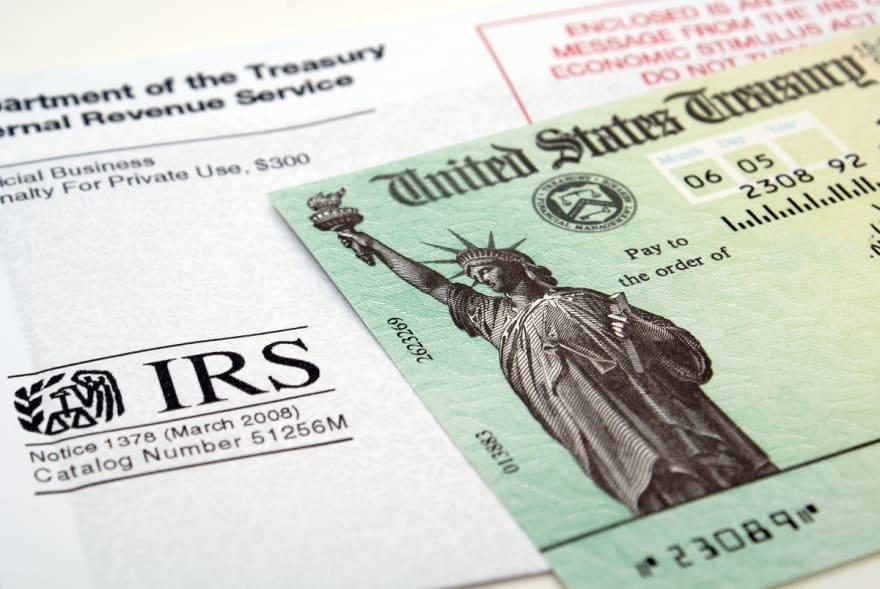 """¿Dónde está mi pago """"plus-up""""? Qué hacer si aún no llega su cheque y ya el IRS mandó 700.000"""