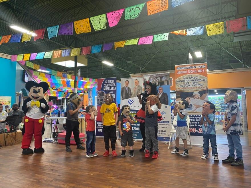 Plaza Las Américas celebra a los niños de la comunidad hispana en su día