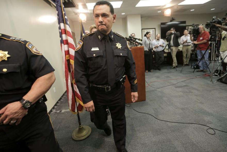 Biden nomina al sheriff Ed Gonzalez para dirigir ICE
