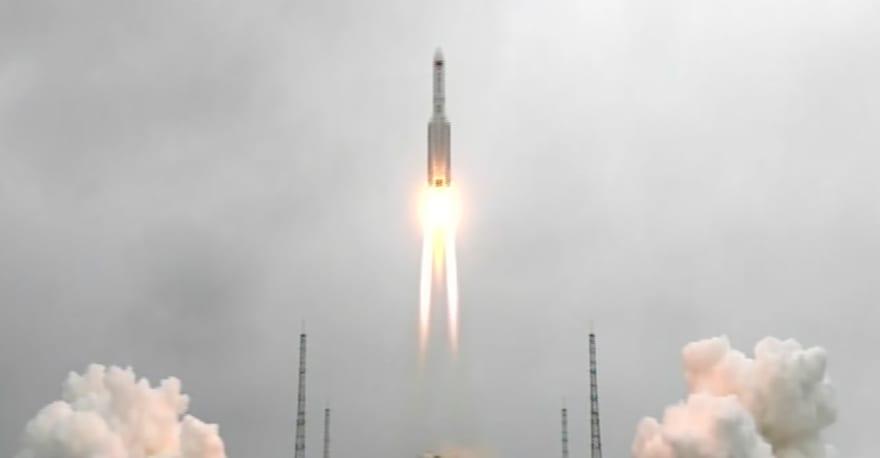 Cohete lanzado por China podría caer este fin de semana en la Tierra