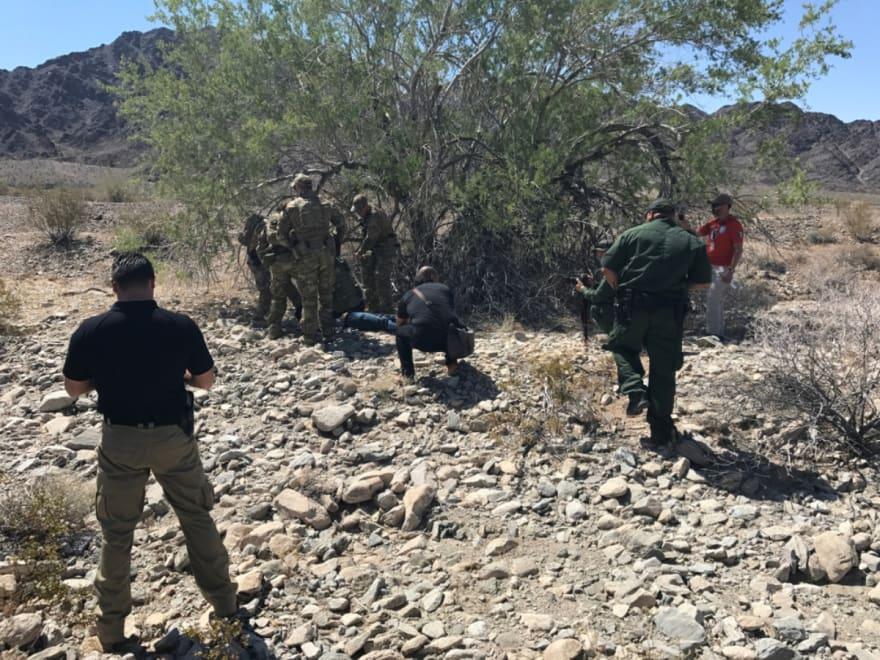 Indocumentada murió en la frontera y 'coyotes' lanzan su cuerpo en carretera de Texas