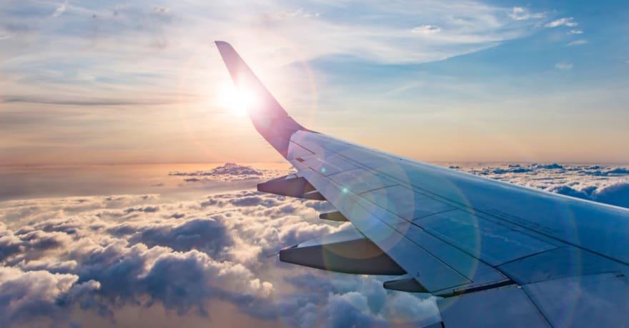 Escocia reanuda los viajes al extranjero y permite visitas y abrazos