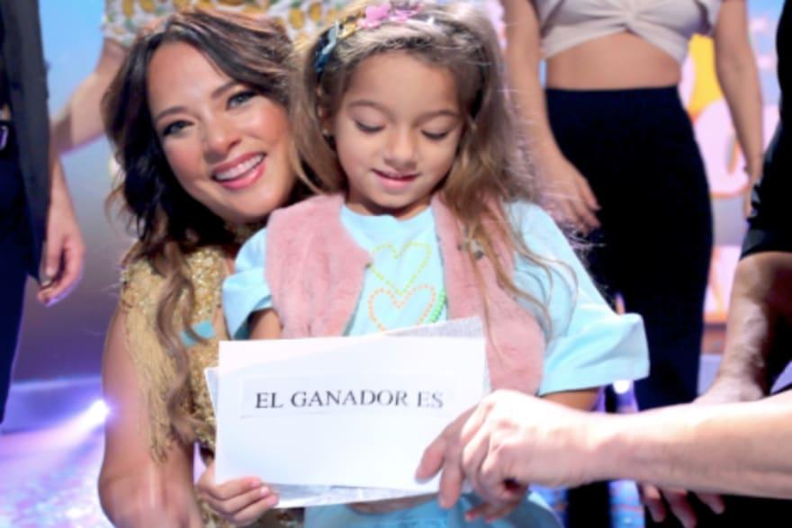 Adamari López comparte su primer viaje sin Toni Costa y le dicen que su hija Alaïa se ve triste (VIDEO)