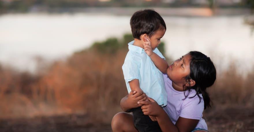 """Número """"inesperadamente alto"""" de niños migrantes, un desafío para el Gobierno"""