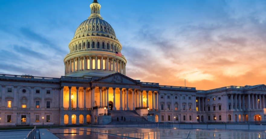 Los demócratas presentan proyecto de ley para investigar asalto al Capitolio