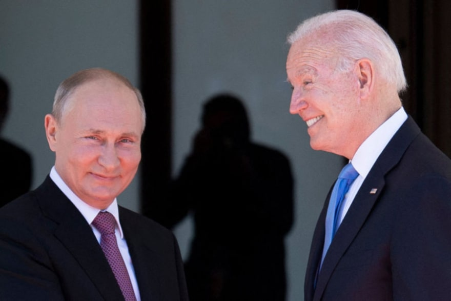Biden comete error fatal tras reunión con Putin (VIDEO)