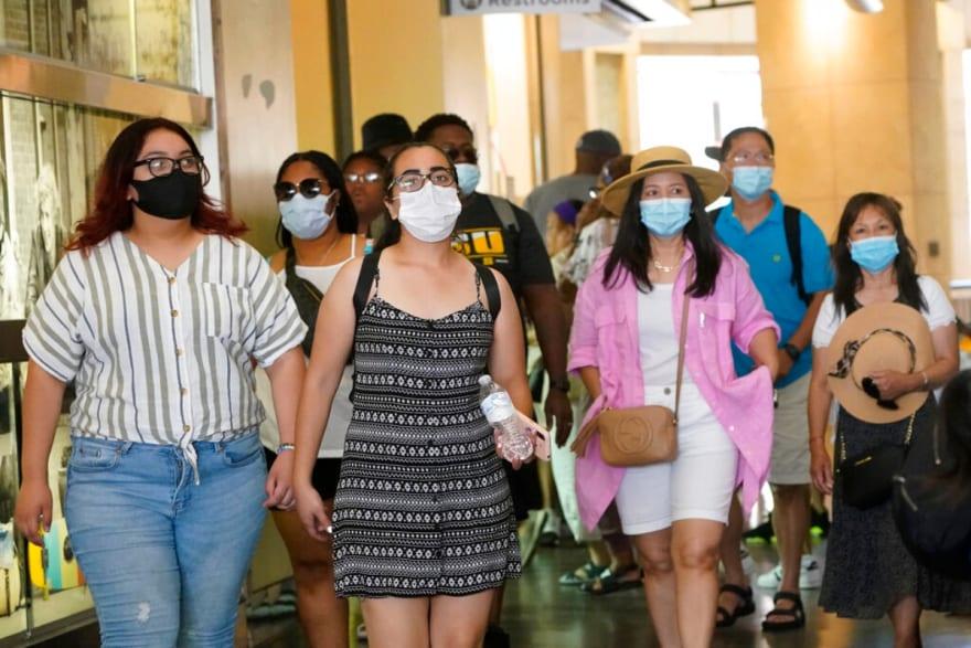 Mascarilla facial será obligatoria en Los Ángeles