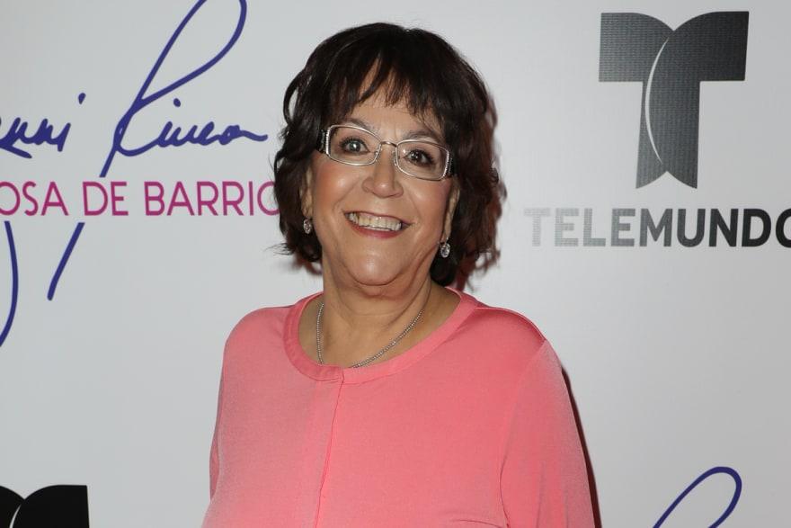 Señora Rosa confiesa varios secretos de la novia de su hijo Lupillo Rivera