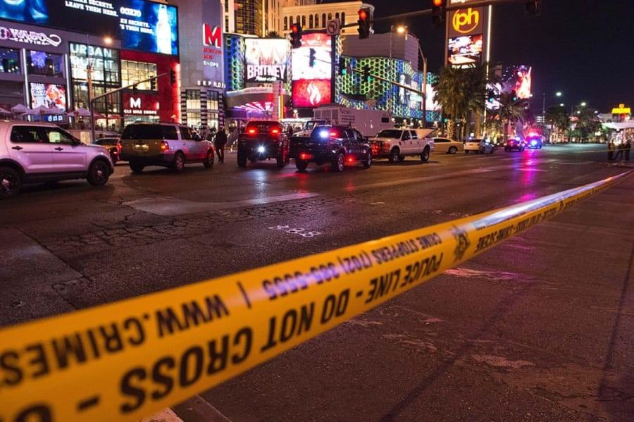 Se estrellaron cuatro policías en Las Vegas: uno de ellos murió y otro fue acusado de DUI