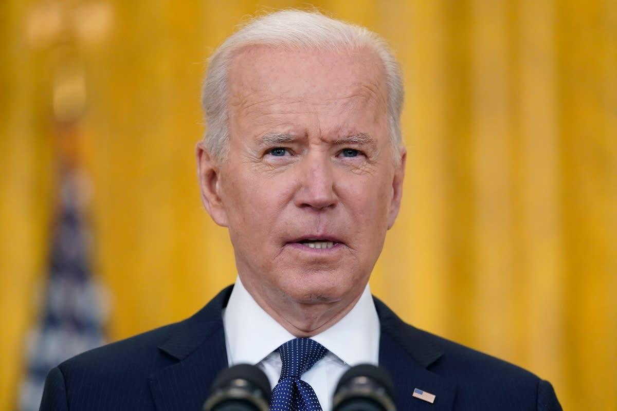 Biden anuncia que va por la reconstrucción de la clase media