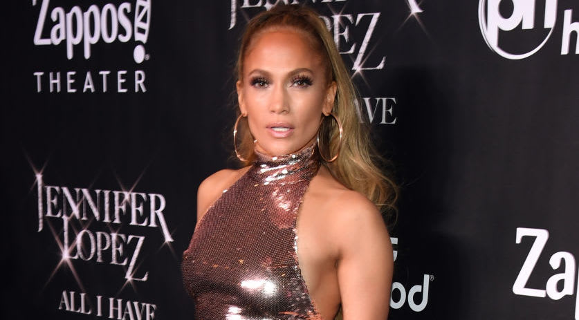 Atacan la estrella de Jennifer López en el Paseo de la Fama de Hollywood
