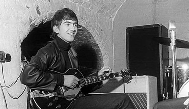 """El mundo honra al beatle George Harrison, considerado como """"el mejor"""""""