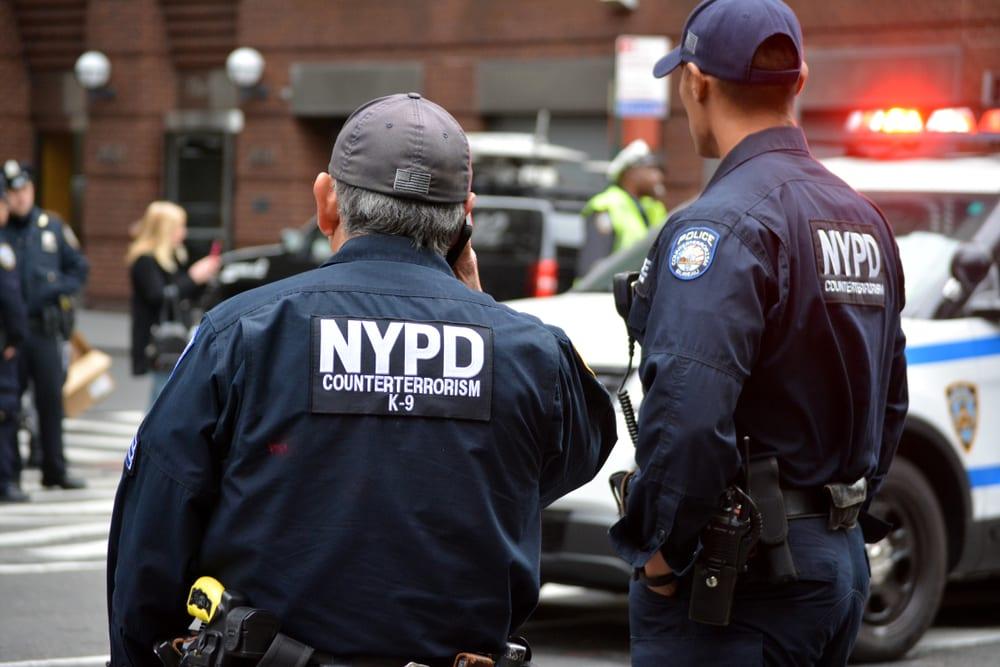 Arrestan a familia hispana por tener un zoológico en su apartamento en El Bronx