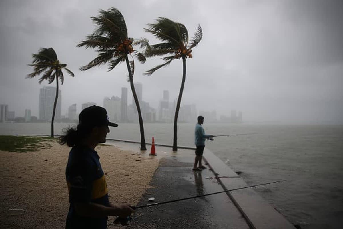 Se formaron dos tormentas tropicales en el Atlántico: Paulette y Rene