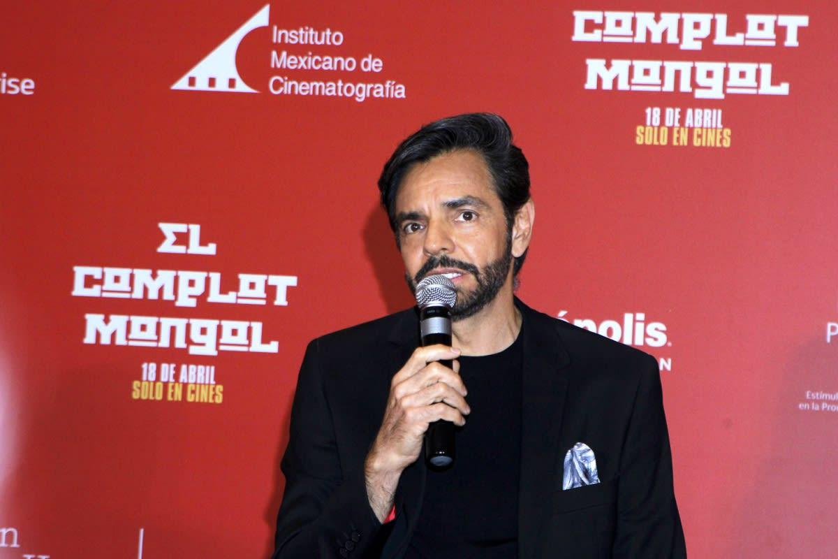 Encerrado en su casa, Eugenio Derbez vive emergencia por coronavirus y pide ayuda (VIDEO)