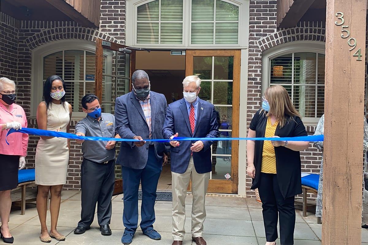Inauguran Centro de Ayuda Familiar y Emocional para comunidad latina en Gwinnett