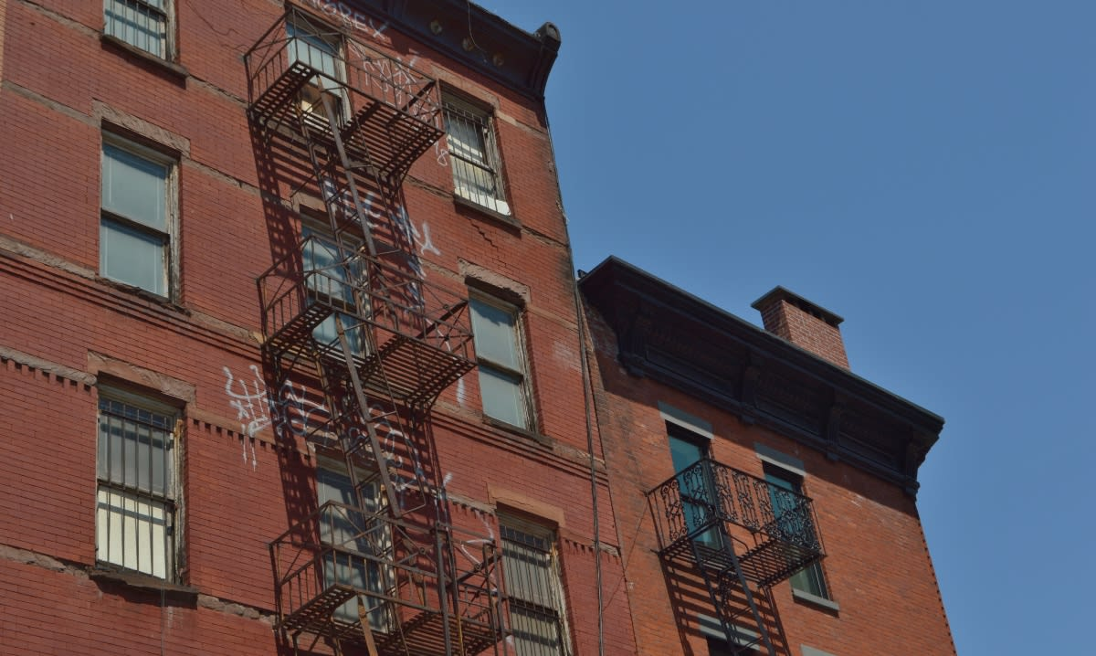 Ciudad de Nueva York ofrece ayuda gratis a inquilinos para evitar el desalojo