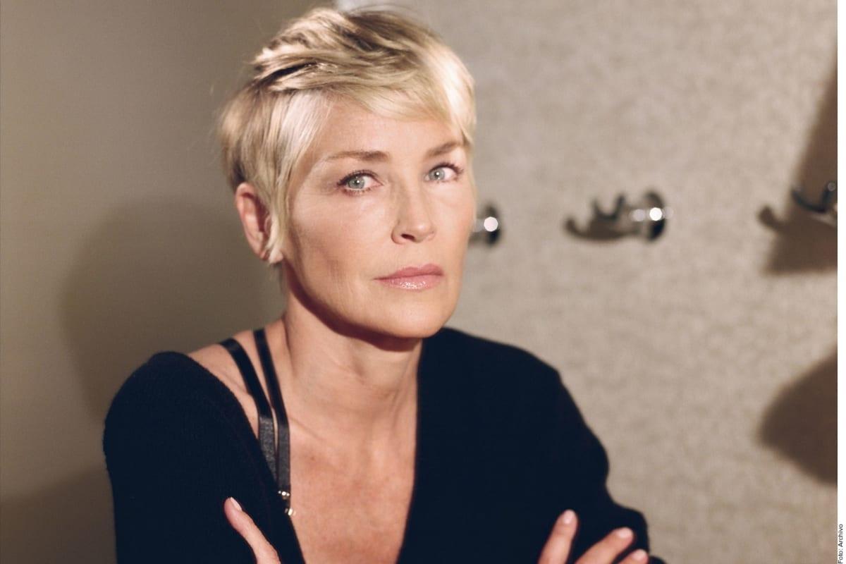 Sharon Stone revela que su hermana y su esposo están graves por coronavirus (VIDEO)