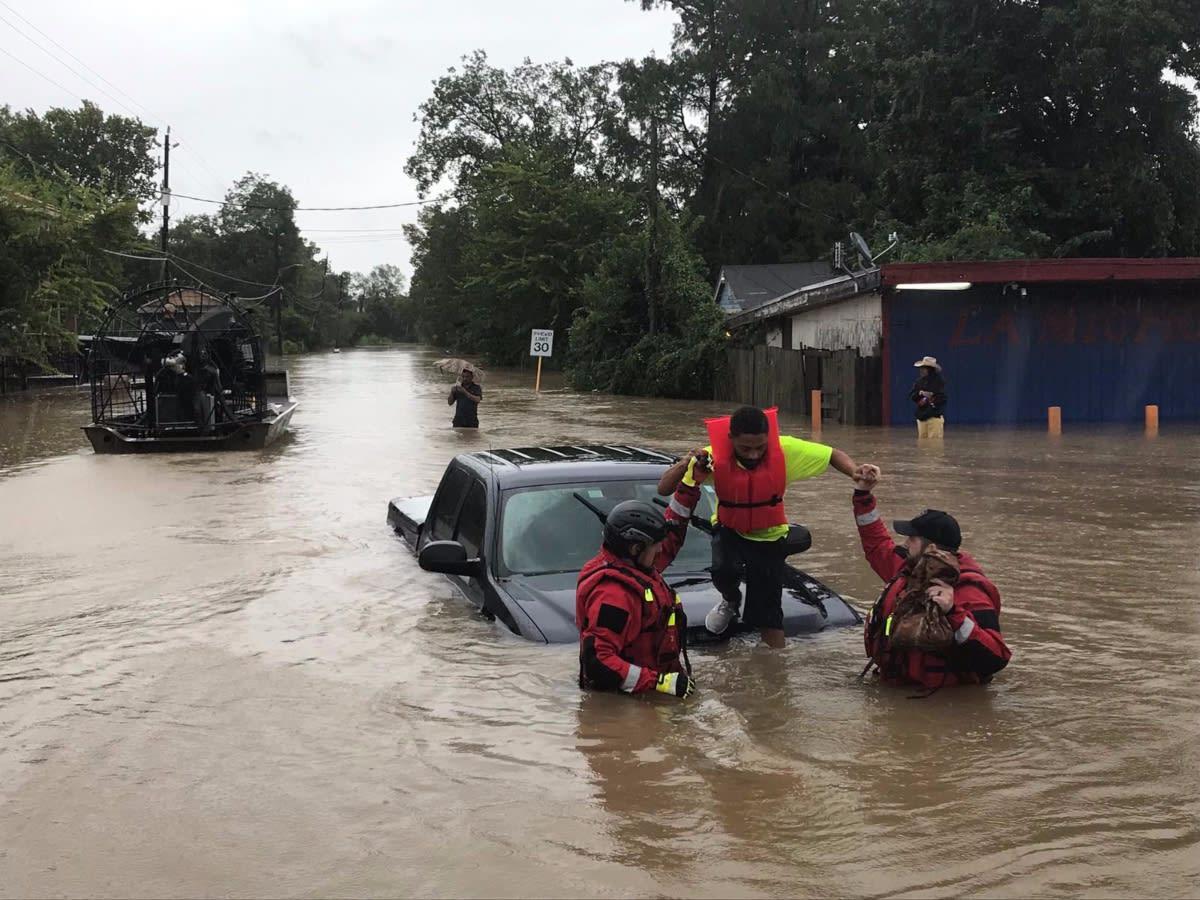 Texas: Lanzan advertencia en Houston ante la inminente llegada de Marco y Laura