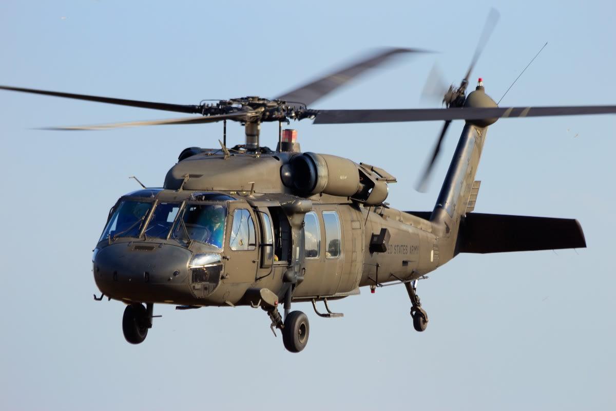 Mueren 2 soldados en accidente de helicóptero Black Hawk en California