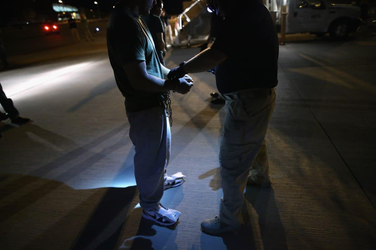 Arizona: ICE arresta a más de 60 indocumentados