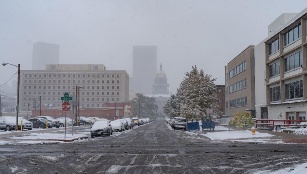 Alerta de clima invernal en Denver 2 días después de intenso calor